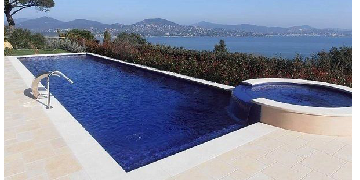 LIVE-IN VILLA HOSTESS in Saint Tropez - South Of France