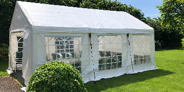 Marquee and Party tent installer for busy family run company