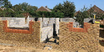 Bricklayer for small gang on small and medium jobs new builds and extensions