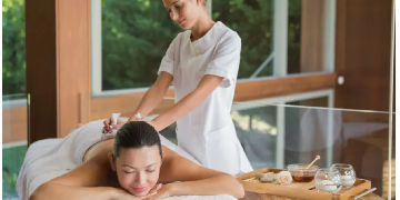NO EXPERIENCE NEEDED, CASH IN HAND, BECOME A MASSAGE THERAPIST and earn £50 to £70 PER HOUR.